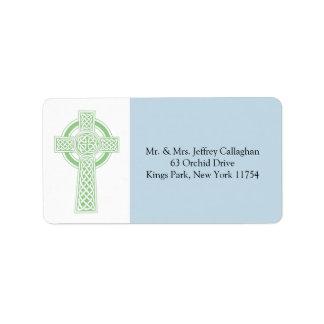 Cruz céltica verde clara con el remite etiquetas de dirección