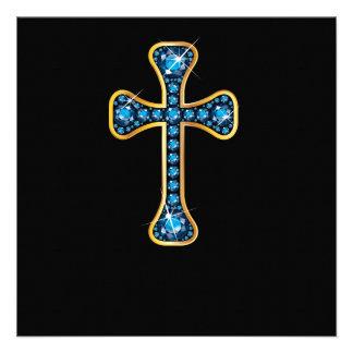 Cruz cristiana con las piedras del Aquamarine Anuncio