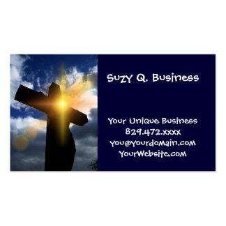 Cruz cristiana en el servicio de la salida del sol tarjeta de negocio