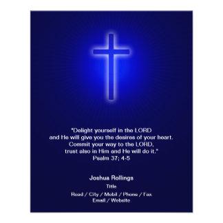 Cruz cristiana en fondo de los azules marinos flyer