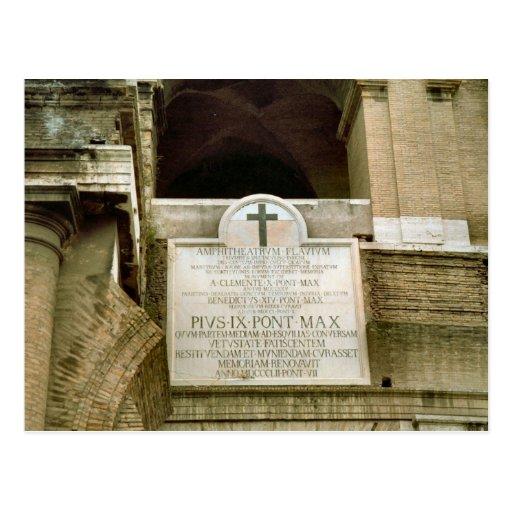 Cruz de la consagración en el Colosseum Postal