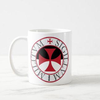 Cruz de Templar y taza del sello del templo
