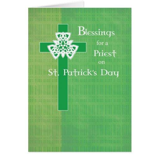 Cruz del día de St Patrick del sacerdote Felicitación