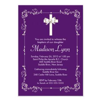 Cruz elegante del bautizo elegante púrpura del invitacion personalizada