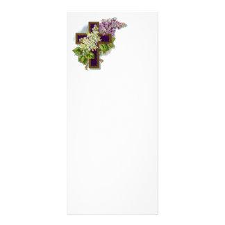 Cruz púrpura con las flores lona personalizada