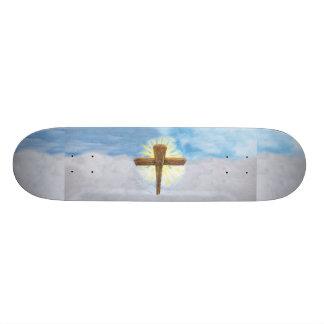 Cruz santa monopatin