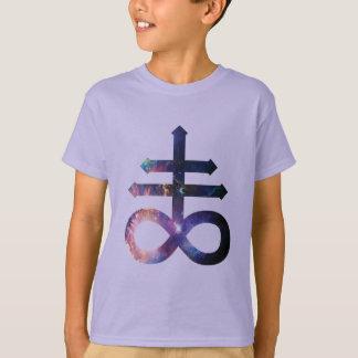 Cruz satánica cósmica camisas