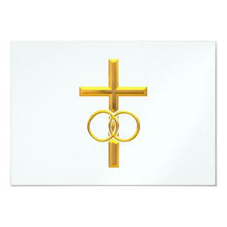 Cruz tridimensional de oro con los anillos de invitación 8,9 x 12,7 cm