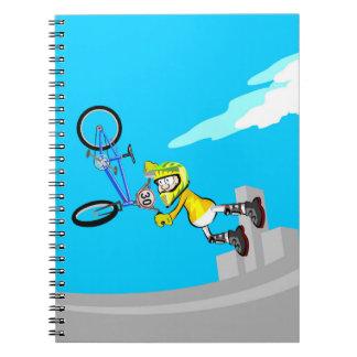 Cuaderno A toda diversión y acrobacia en una bicicleta BMX