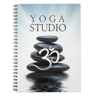 Cuaderno adaptable de la yoga