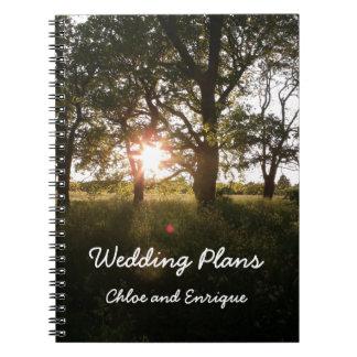 Cuaderno Árboles de la silueta y libro de los planes del