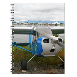 Cuaderno Aviones de ala alta, azul y blanco, Alaska