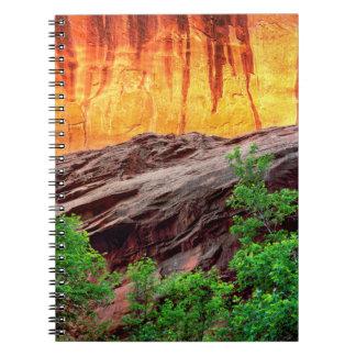 Cuaderno Barranco y follaje de neón el | Utah de Escalante