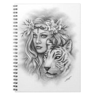 Cuaderno blanco del espiritual del chica del tigre