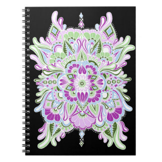 Cuaderno Blanco en mandala coloreada negro