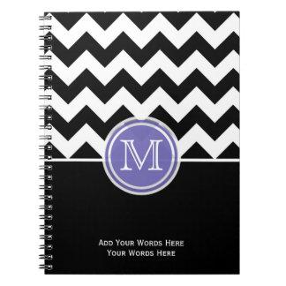 Cuaderno blanco y negro púrpura del monograma de