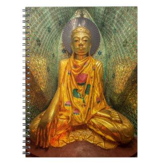 Cuaderno Buda de oro en templo