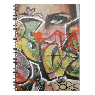 Cuaderno cara del tipo de texto del arte abstracto de la