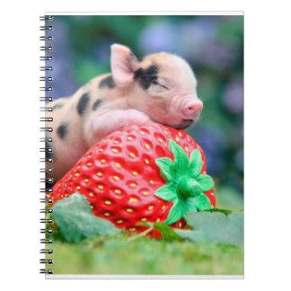 Cuaderno cerdo de la fresa