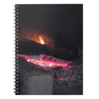 Cuaderno Chapiteles del calor de la llama del fuego de