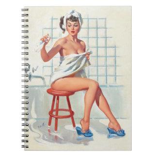 Cuaderno Chica modelo retro del cuarto de baño atractivo de