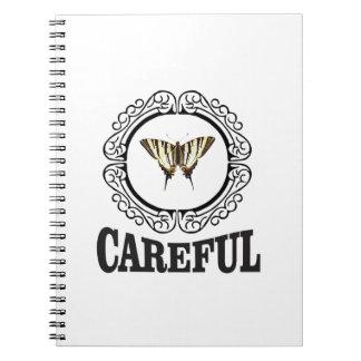 Cuaderno círculo cuidadoso