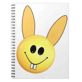 Cuaderno Conejito feliz sonriente para Pascua