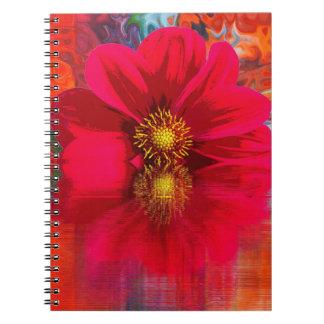 Cuaderno Cuaderno:  Flor roja con la explosión de color