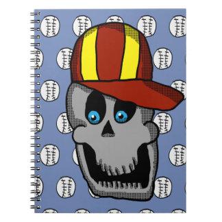 Cuaderno del cráneo del gorra de béisbol