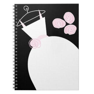 Cuaderno del negro del rosa del vestido de boda