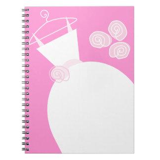 Cuaderno del rosa del vestido de boda