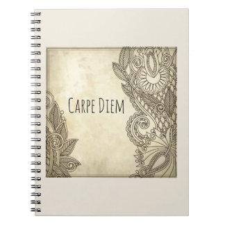 Cuaderno Diario hermoso de Carpe Diem con diseño tribal