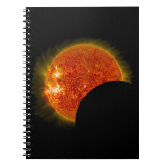 Cuaderno Eclipse solar en curso