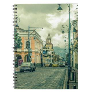 Cuaderno Escena urbana de centro histórica en la ciudad de