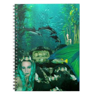 Cuaderno espiral de los tesoros subacuáticos de la