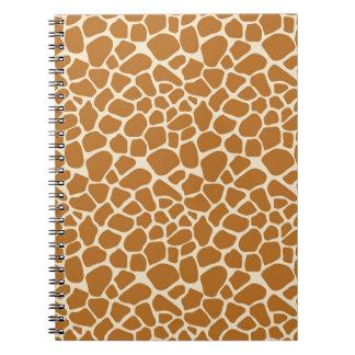 Cuaderno espiral del estampado de girafa
