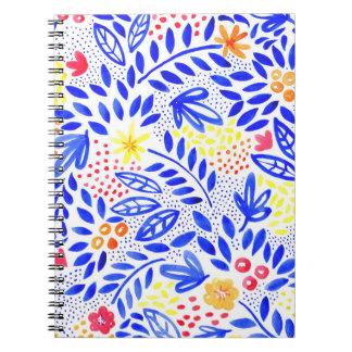 Cuaderno Cuaderno espiral floral intrépido de la belleza