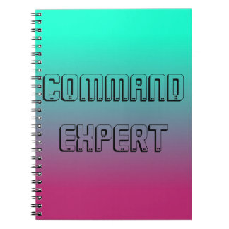 Cuaderno experto del comando para los