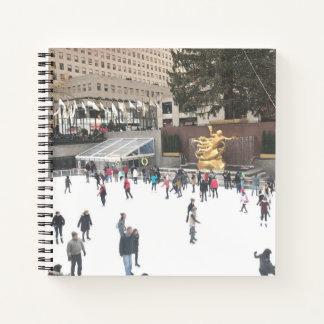 Cuaderno Fotografía de centro de la pista de patinaje de