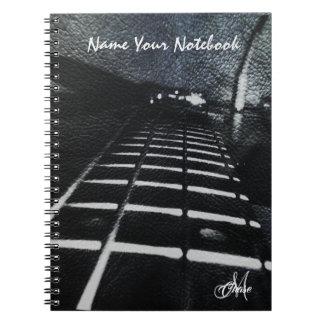 Cuaderno Guitarra baja del Grunge de cuero negro