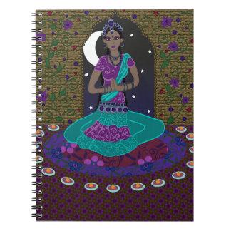 Cuaderno indio clásico del bailarín