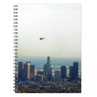 Cuaderno LA y helicóptero
