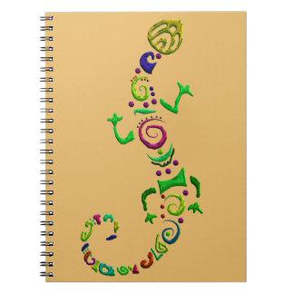 Cuaderno lagarto coloreado tribal