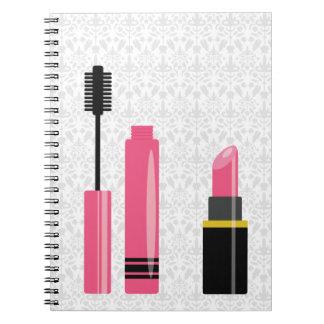 Cuaderno Lápiz labial y rimel lindos del rosa del