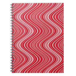 Cuaderno Las líneas onduladas en rojo y blanco -