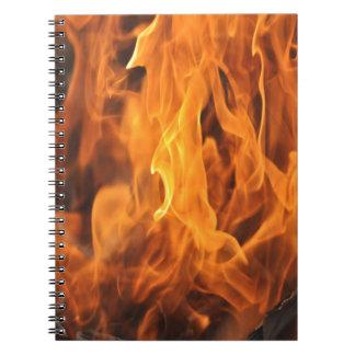 Cuaderno Llamas - demasiado calientes a dirigir
