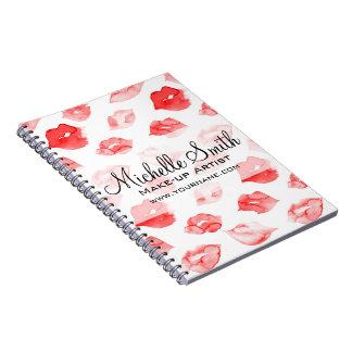 Cuaderno Marcado en caliente rojo del maquillaje del modelo
