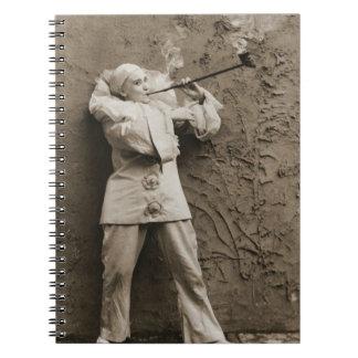 Cuaderno Mime que fuma 1895 del tubo