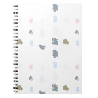 Cuaderno Modelo abstracto de las formas en los colores en