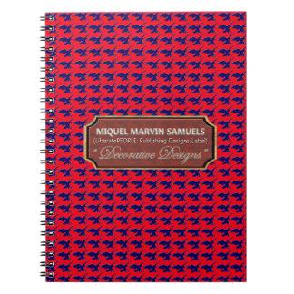 Cuaderno moderno rojo de las impresiones azules de